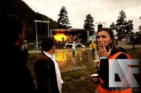 Smoking Crew og Stein Roger Sordal på scenen