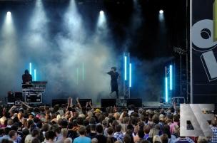 Crystal Castles Oslo Live 2010 v8