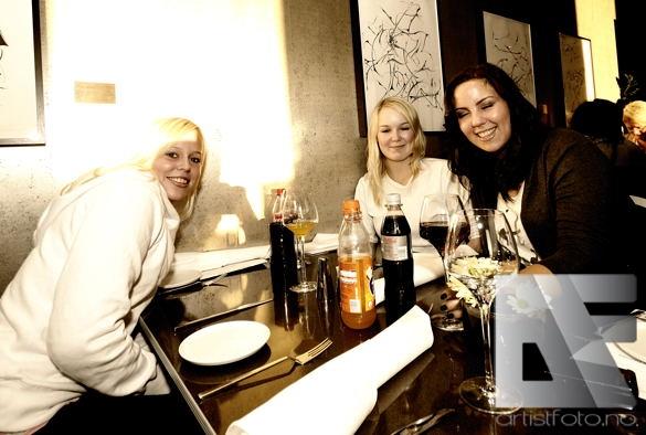 Caroline Eid Nodeland Dark Season 2010 v4
