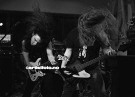 Fra Venstre: Gitarist Sindre Wathne Johnsen og Bassist Patrick Ivan Rørheim
