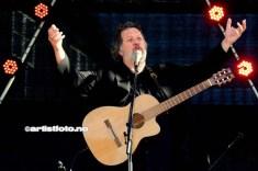 Bjørn Eidsvåg sang kjente og kjære sanger