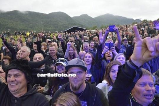 Ca 3000 betalende publikummere var innom porten på fredag.