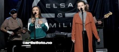 Elsa Ingeborg Søllesvik og Emilie Haaland Austrheim