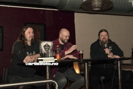 Bokbad, fra venstre: Grutle Kjellson, Harald Fossberg og Ivar Bjørnson