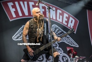 Five Finger Death Punch_2017©Artistfoto.no_004