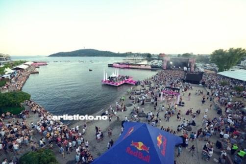 Takk til Sony for turen opp i 13 meters høyde over festivalområdet. Gabrielle på hovedscenen.