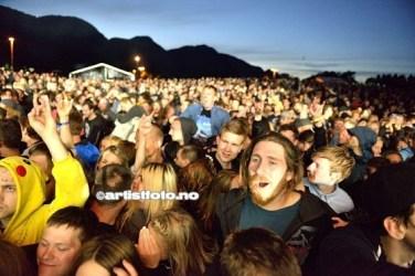 Bra liv på slutten av konserten med In Flames