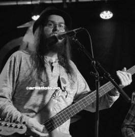 Vokalist og bassist Enyeto Kotori