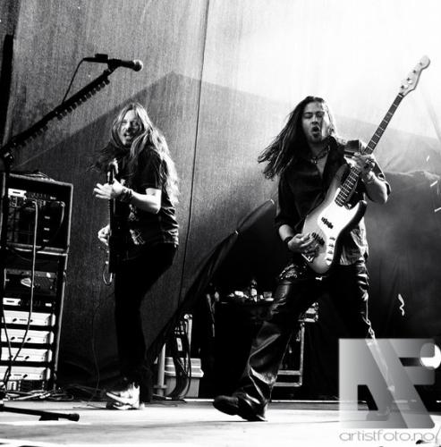 Whitesnake v5