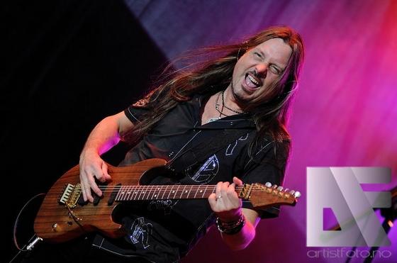 Whitesnake v7