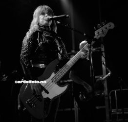 Suzi Quatro på Banken Arena i Kvinesdal, Foto: Svein Erik Nomeland