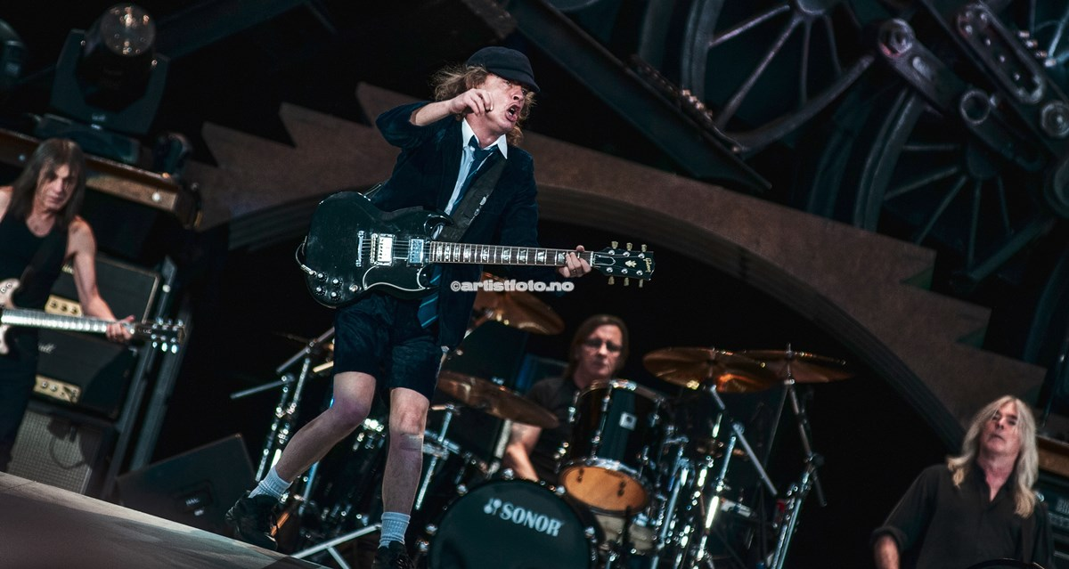 AC DC , Angus Young , Valle Hovin 2009. Foto Svein Erik Nomeland
