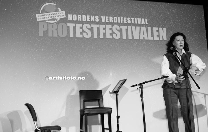 Åse Kleveland på Protestfestivalen 2020 , Kristiansand. Foto: Svein Erik Nomeland