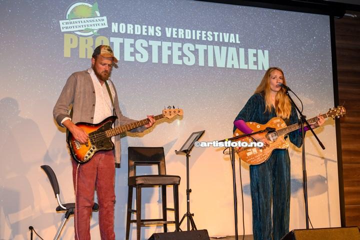 Kari Kleiv på Protestfestivalen 2020 , Kristiansand. Foto: Svein Erik Nomeland