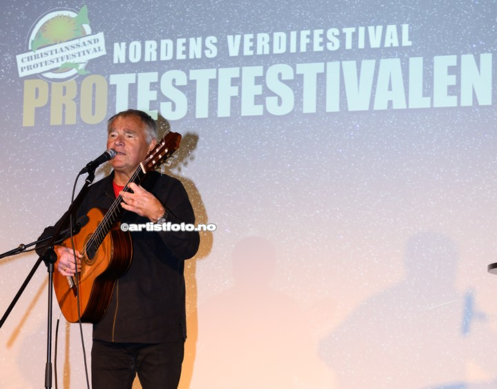 Lars Klevstrand på Protestfestivalen 2020 , Kristiansand. Foto: Svein Erik Nomeland