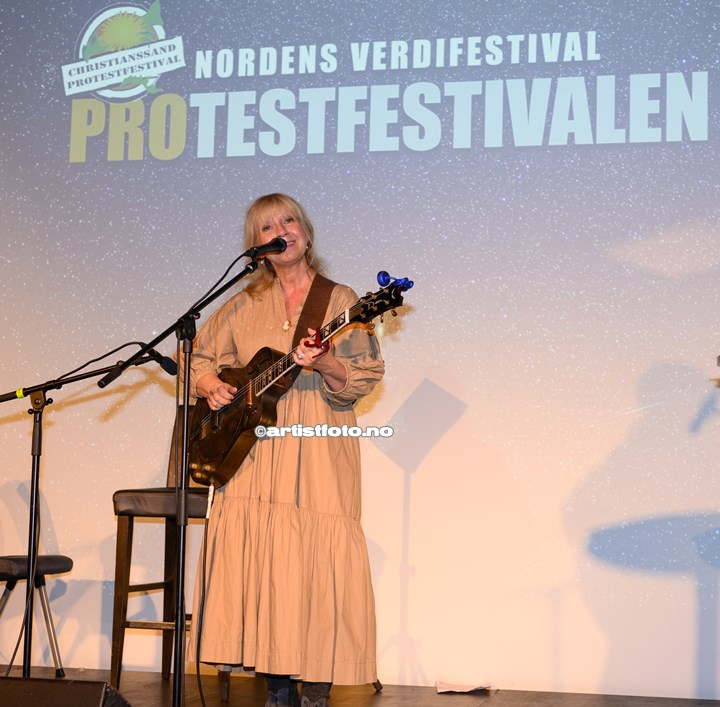 Solveig Leithaug på Protestfestivalen 2020 , Kristiansand. Foto: Svein Erik Nomeland