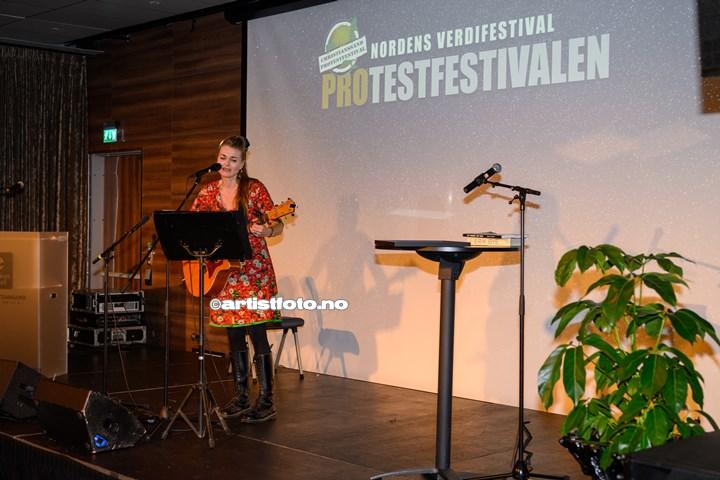 Tove Bøygard på Protestfestivalen 2020 , Kristiansand. Foto: Svein Erik Nomeland