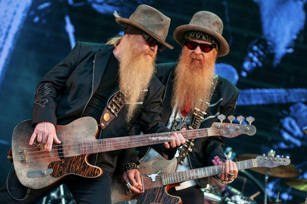 ZZ Top, fra venstre: Dusty Hill og Billy Gibbons, på Notodden Bluesfestival 2012. Foto: Svein Erik Nomeland